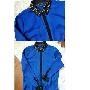 Rock & Republic blue long sleeve studded blouse